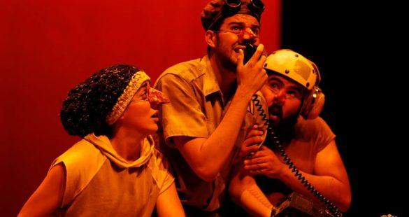 VUELA - Inmigrantes Teatro